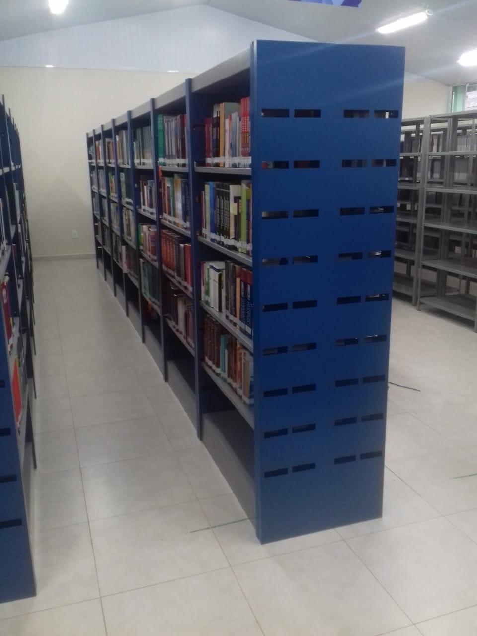Estante biblioteca aço preço